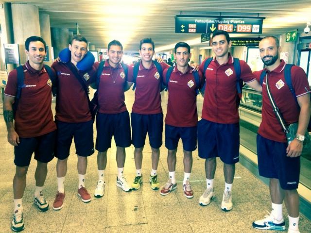 Joao, Paradynski, Taffy, Medina, Lemine, tomaz y Vadillo en Sont San Joan antes de iniciar el viaje (Copiar)
