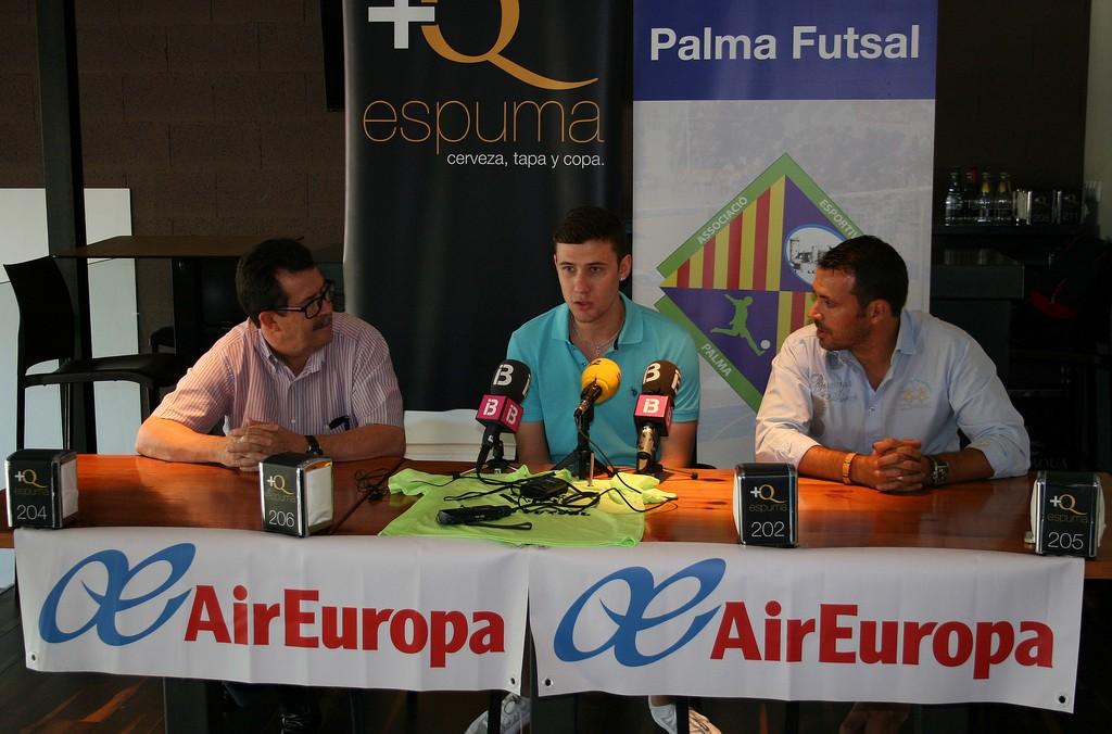 Miquel Jaume, Paradynski y José Tirado durante la presentación (Copiar)