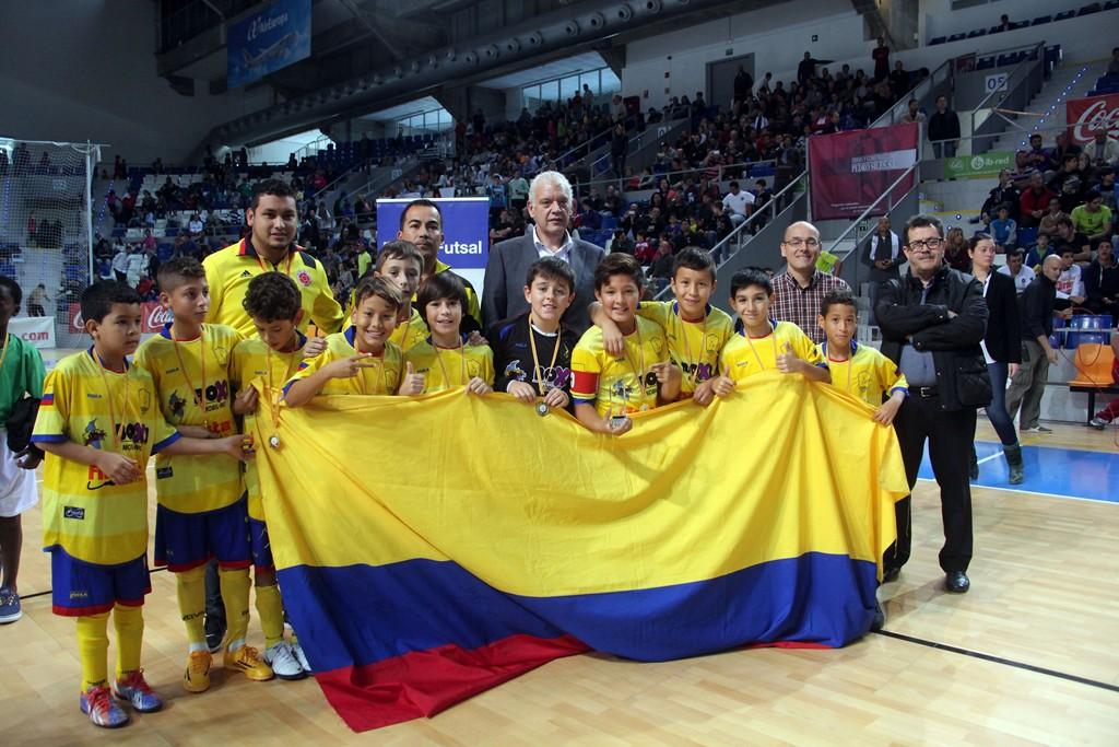 Colombia, equipo campeón del III Torneo Intercultural 1 (Copiar)