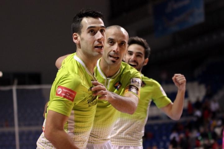 Sergio, Vadillo y Chicho celebran el primer gol (Copiar)