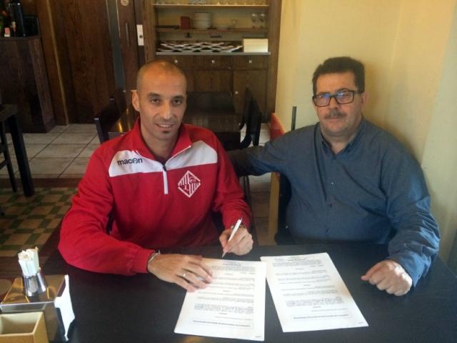 Vadillo y Miquel Jaume firman la renovación del capitán 1 (Copiar)