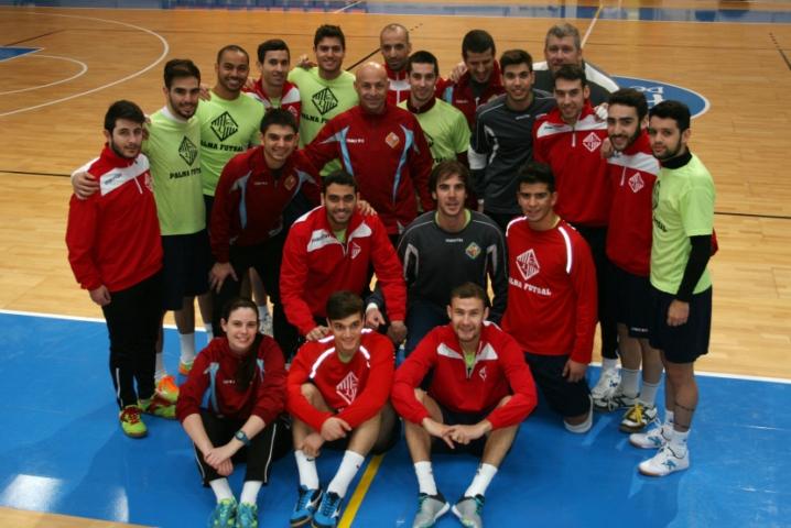 El Palma Futsal posando en Son Moix antes de recibir al Barcelona 1 (Copiar)