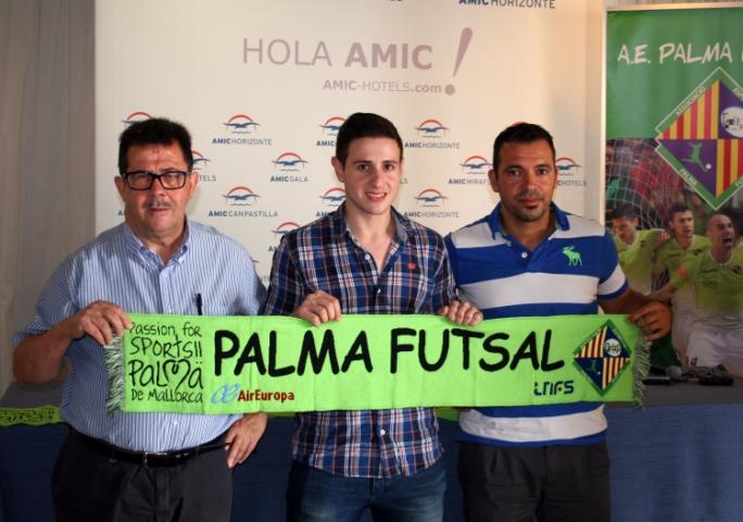 Miquel Jaume, Nico Sarmiento y José Tirado, en la presentación del portero 1 (Copiar)