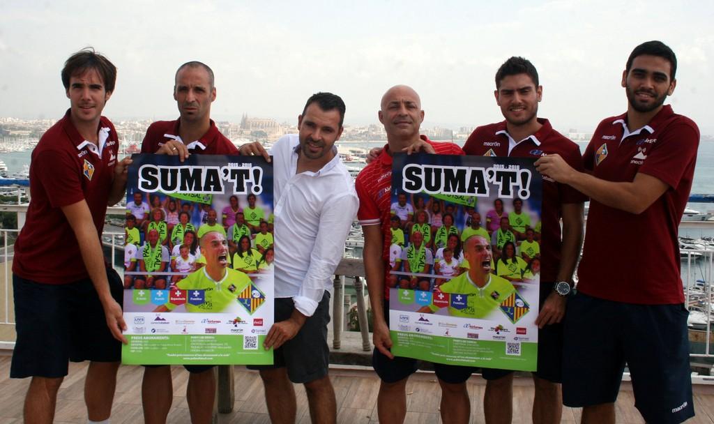 Barrón, Vadillo, Tirado, Juanito, Taffy y Tomaz en la terraza del Hotel Amic Horizonte (Copiar)