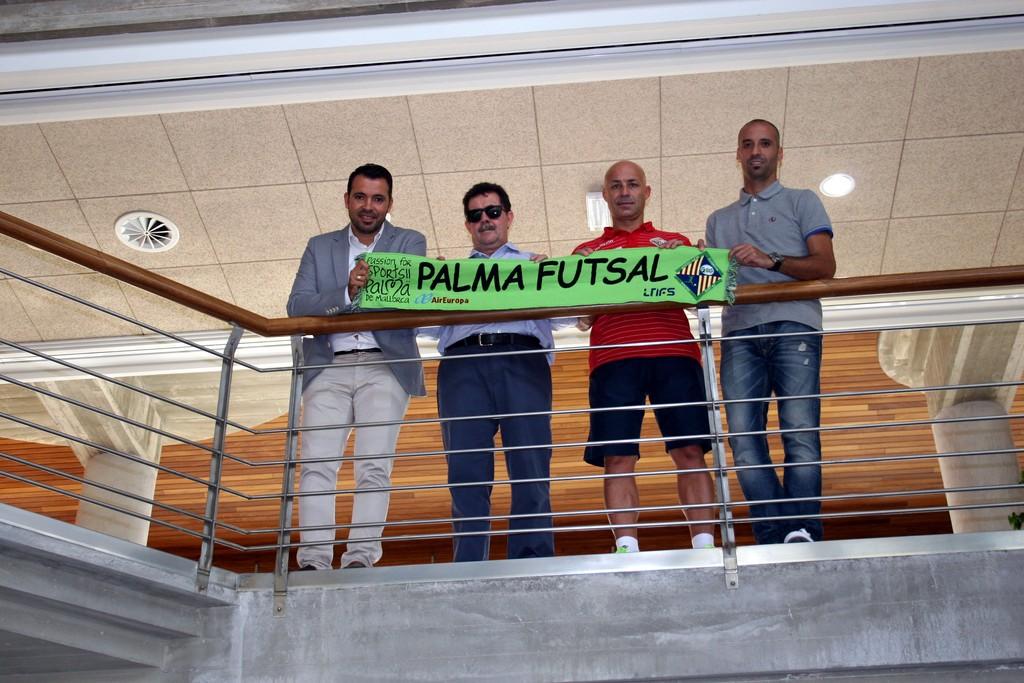 José Tirado, Miquel Jaume, Juanito y Vadillo en la sede de Globalia 2 (Copiar)