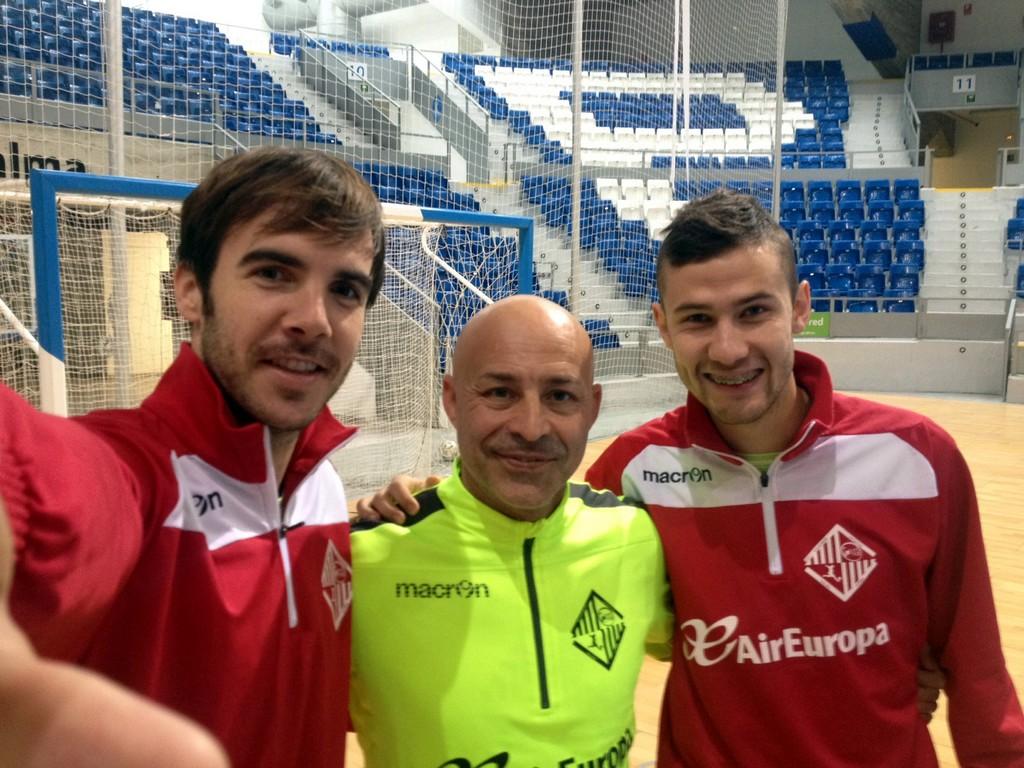 Carlos Barrón, Juanito y Felipe Paradynski, este jueves en Son Moix (Copiar)