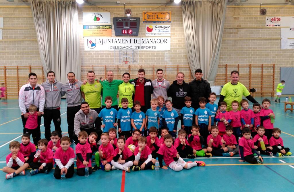 Joao, Attos, Vadillo, Tomaz, Paradynski y Trípodi, en la diada de la escuela infantil en Manacor (Copiar)