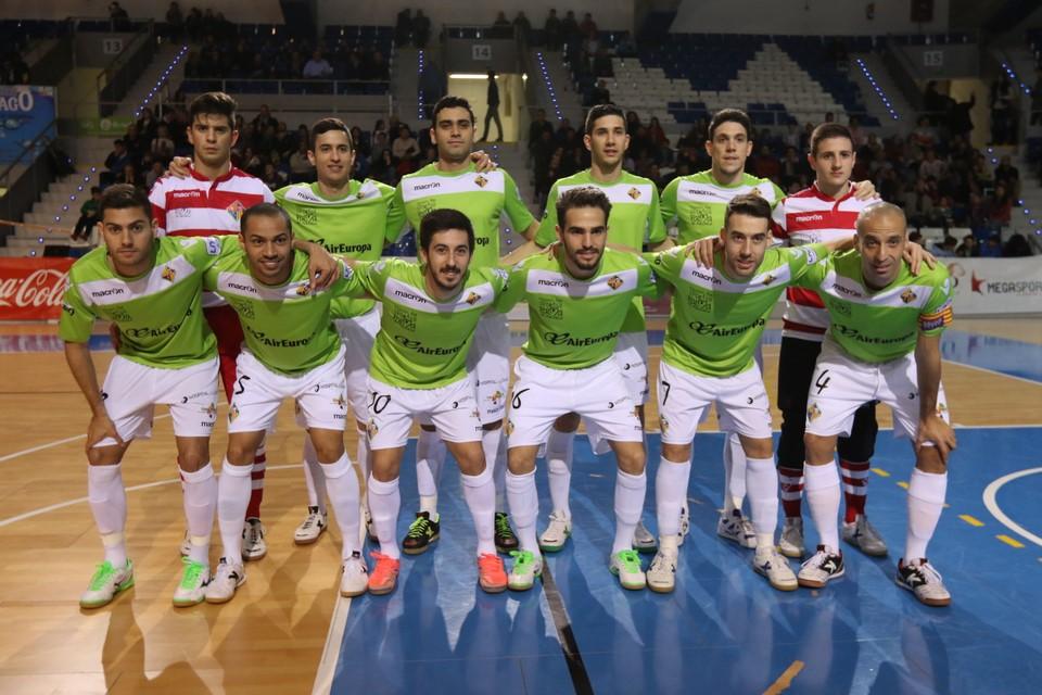 H06A6896 (Copiar). El Palma Futsal jugará el domingo ante el F.C. Barcelona  Lassa con los colores de la equipación del Real Mallorca. a2b227717046b
