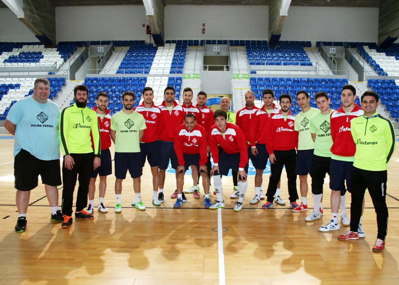 Palma Futsal posa en Son Moix 3 (Copy)