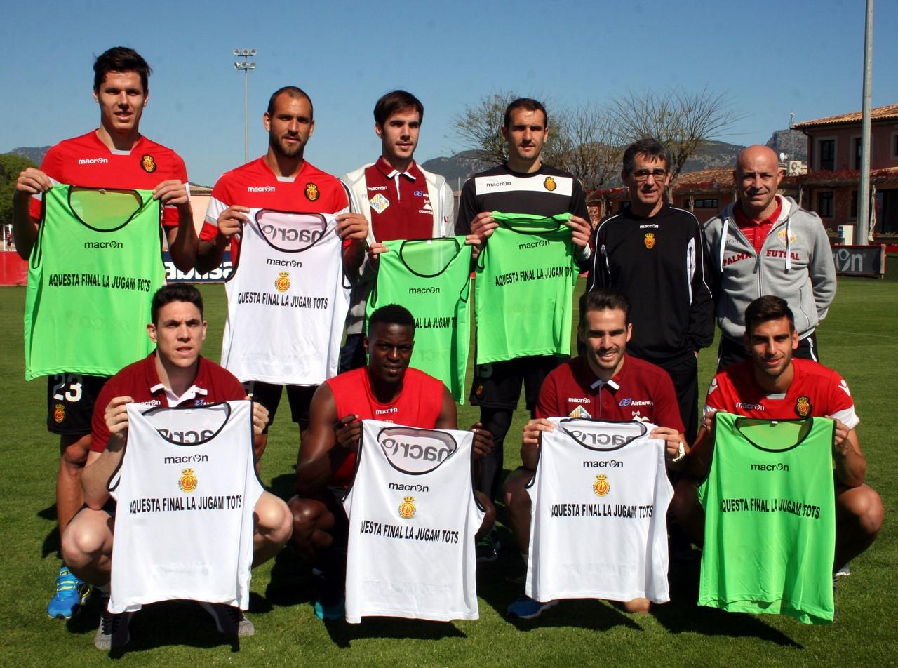 Los capitanes del Mallorca, jugadoresdel Palma y entrenadores 1 (Copy)