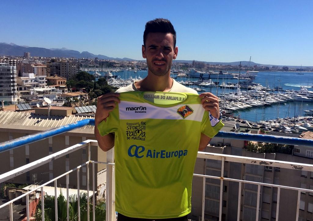 Eloy Rojas en la terraza del Hotel Amic Horizonte (Copiar)