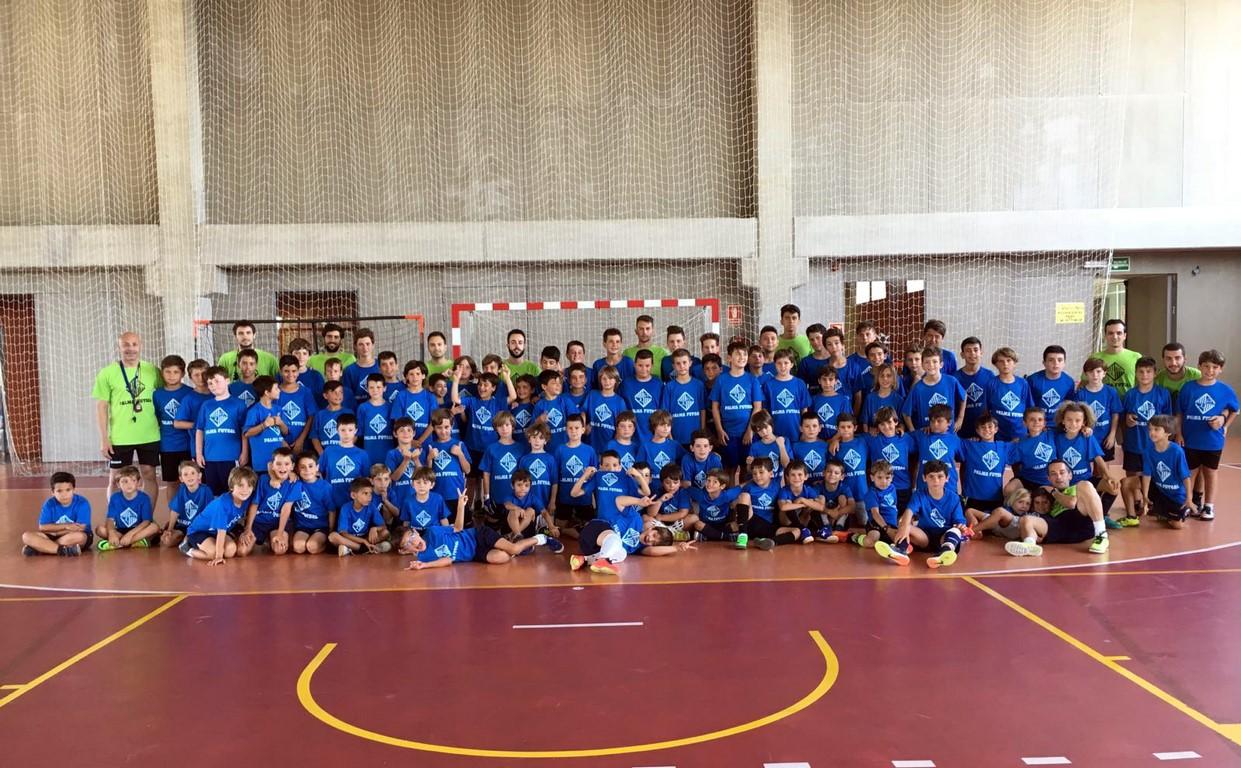 Foto del campus del Palma Futsal dirigido por Juanito (Copiar)
