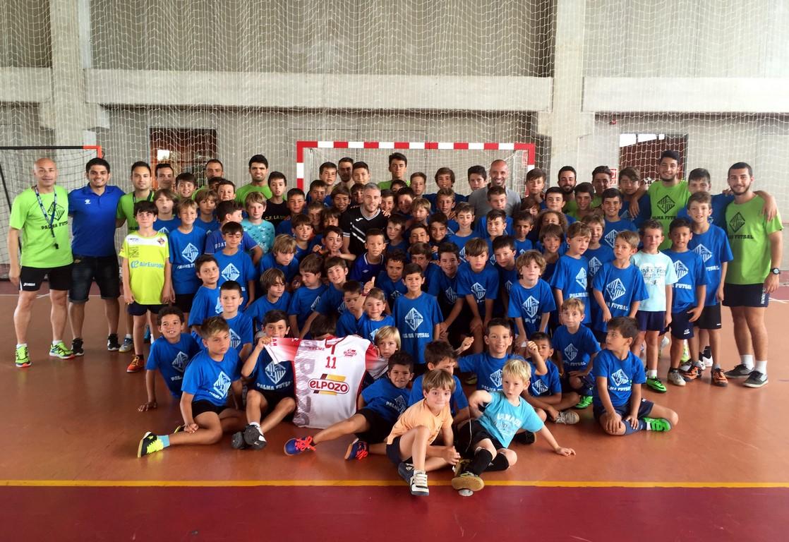 Miguelín y Vadillo, protagonistas del campus del Palma Futsal (Copiar)