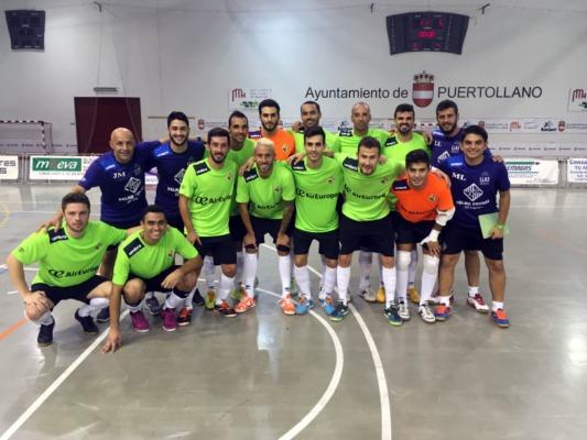 El Palma Futsal posa en Puertollano tras el partido (Copiar)
