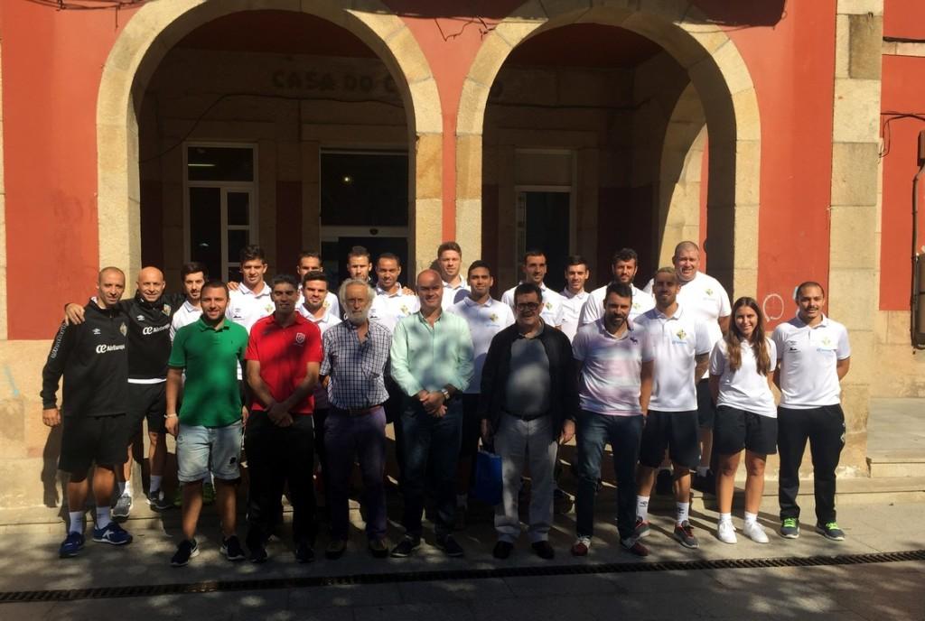El Palma Futsal visitó el Ayuntamiento de Bueu (Copy)