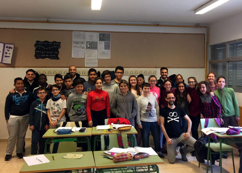 Vadillo y Chicho han visitado este jueves el IES Guillem Sagrera 2