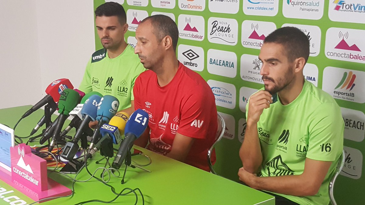 Vadillo, Favero y Chicho en la rueda de prensa 4
