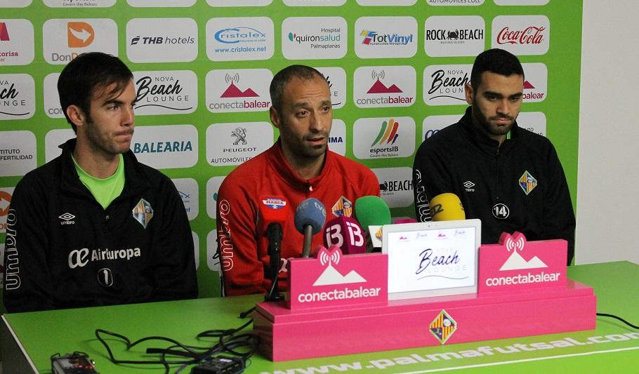 webbb Barrón, Vadillo y Tomaz en la rueda de la prensa