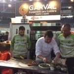 Vadillo y Chicho ayudaron a elaborar la pizza del Palma Futsal 2