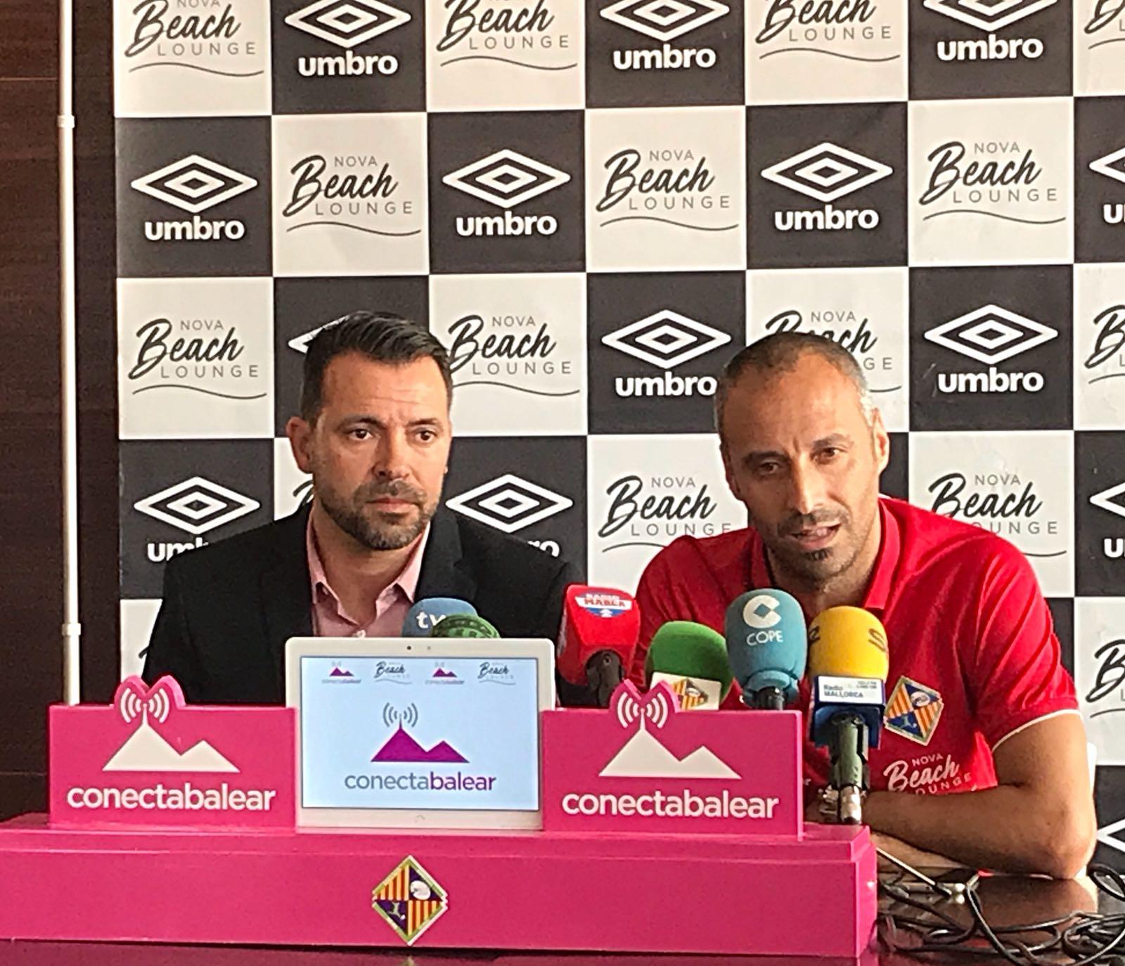 José Tirado y Antonio Vadillo durante la rueda de prensa en el Nova Beach Park (2)