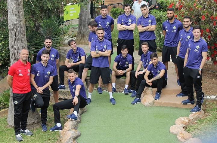La plantilla del Palma Futsal posa antes del partido 1 web