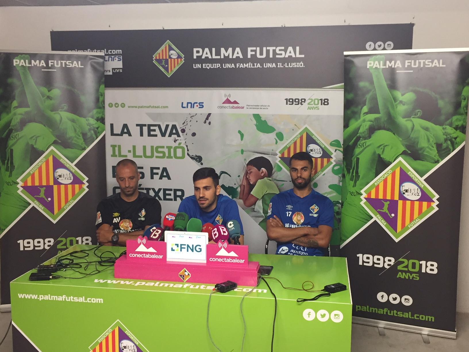 Vadillo, Quintela y Diego Nunes durante la rueda de prensa (1)