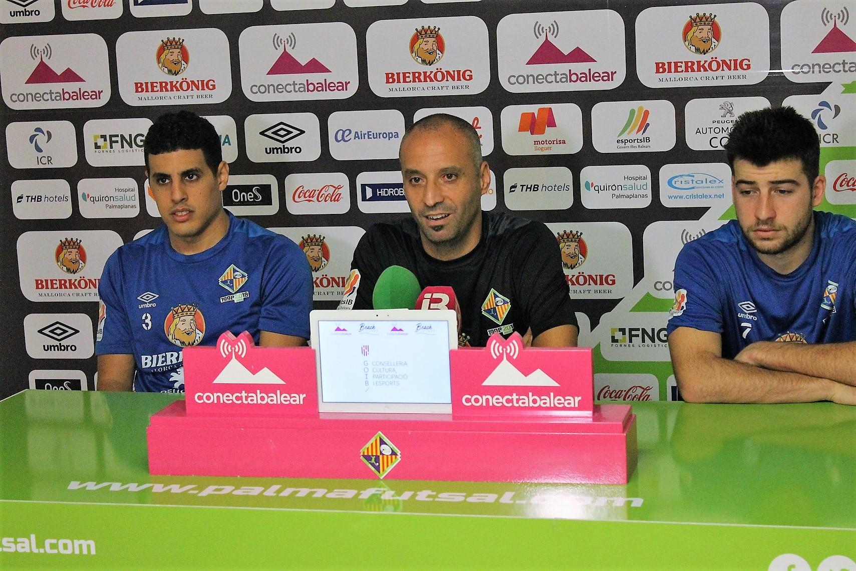 Vadillo, Hamza y Catela en la rueda de prensa previa al debut copero (1)