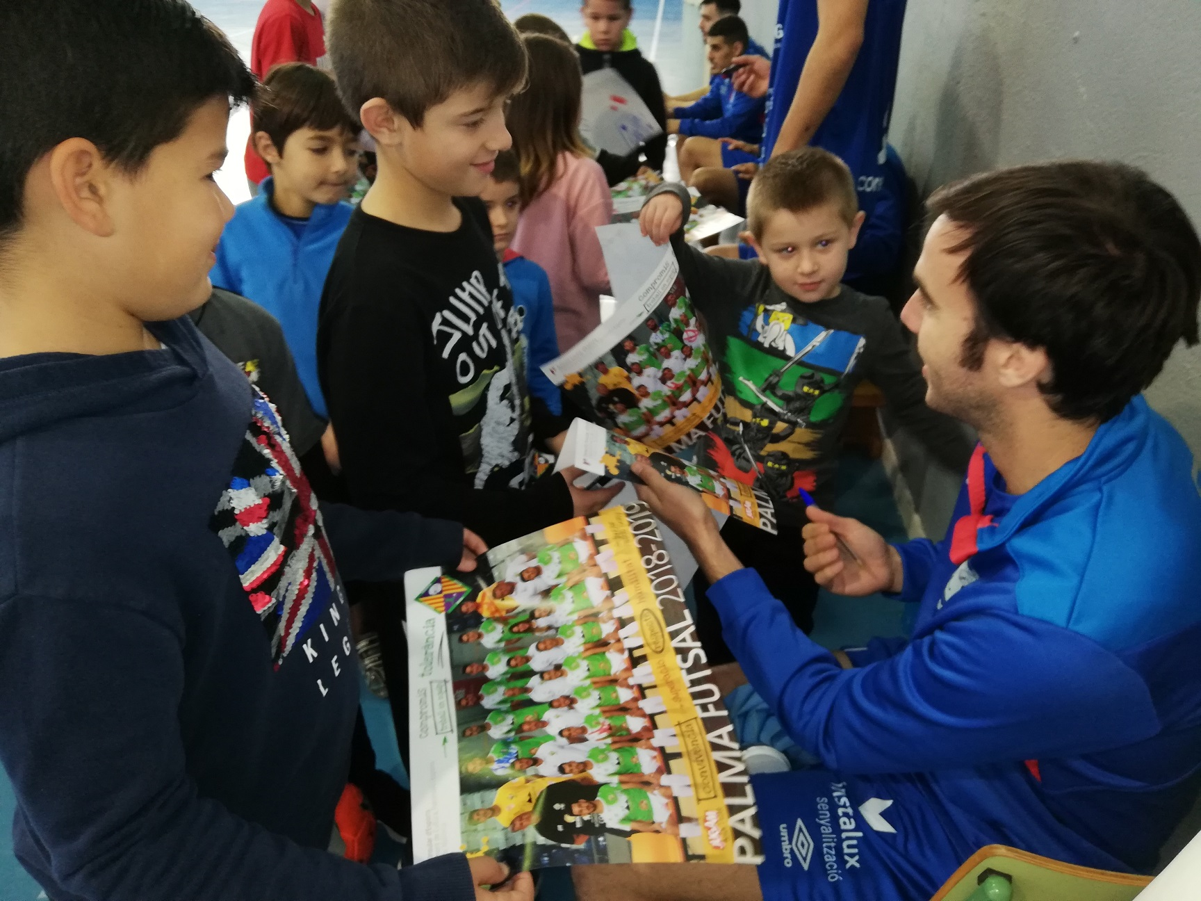 El Palma Futsal se entrenó este domingo en Son Ferrer (3)